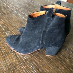 Madewell Shoes - 💙Madewell Navy Blue Suede Booties 8 💙